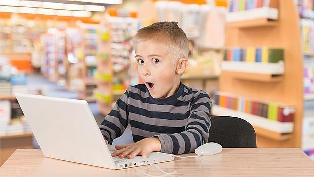 «Muchos niños son dementes digitales por la falta de atención de sus padres»